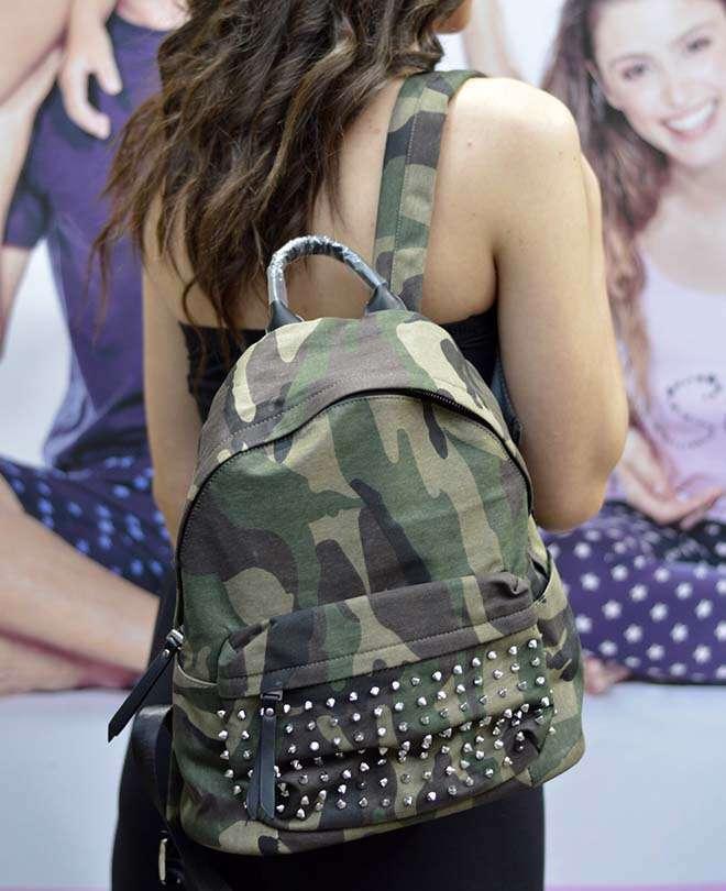 Τσάντα backpack παραλλαγής με τρουκς