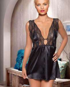Σέξι φόρεμα μαυρο με φαρδιά τιράντα δαντέλας  MIORRE