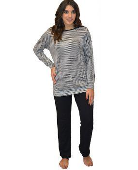 Πυτζάμα με μαύρο παντελόνι και ιδιαίτερη μπλούζα